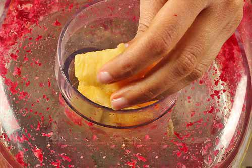 Uống nhiều nước ép hoa quả tươi để ngăn ngừa viêm khớp bạn đã biết chưa?