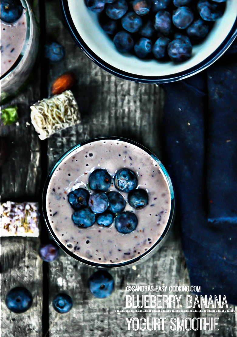 Blueberry Banana Yogurt Smoothie {recipe}