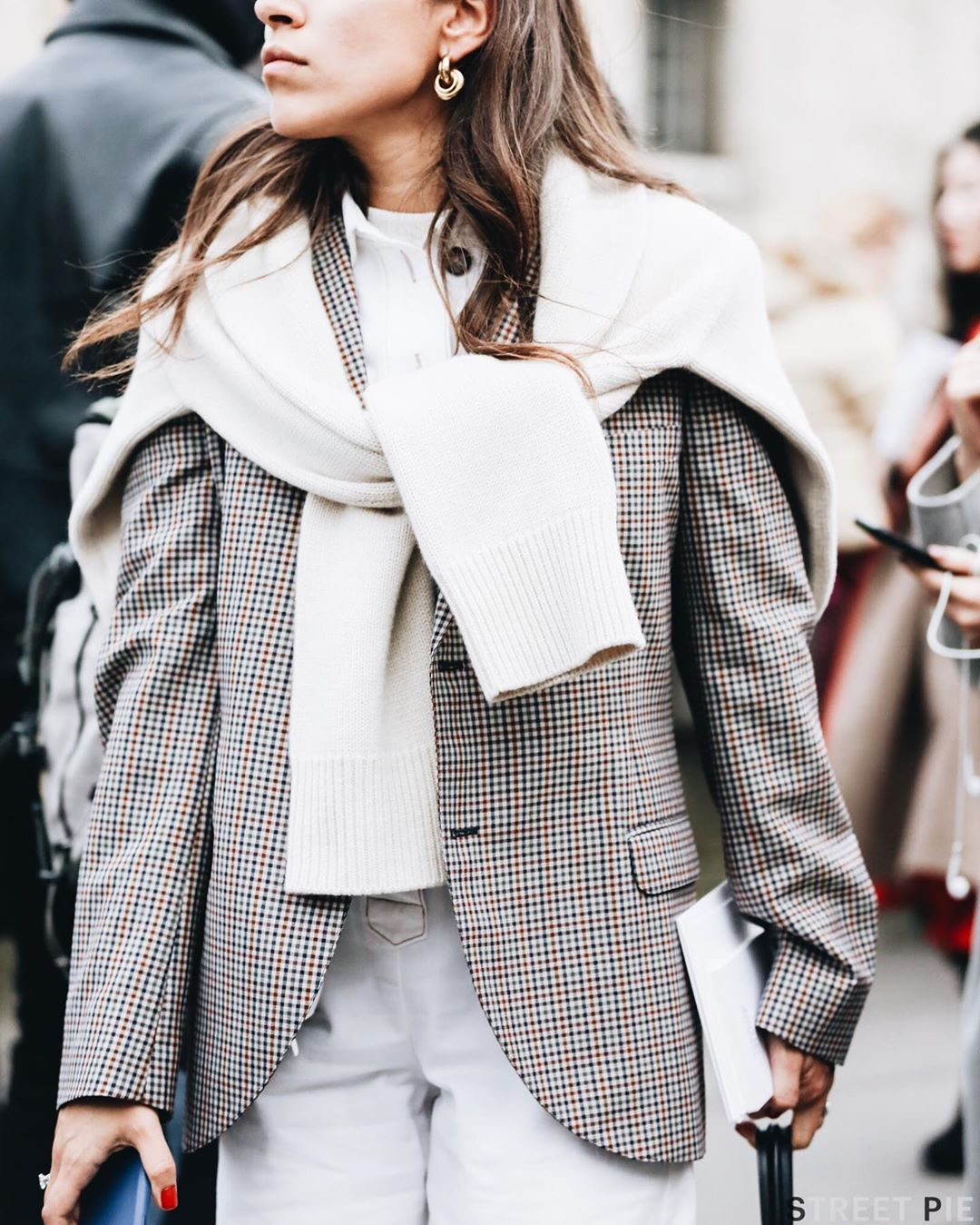 These Chic Plaid Blazers Make an Easy Fall Outfit