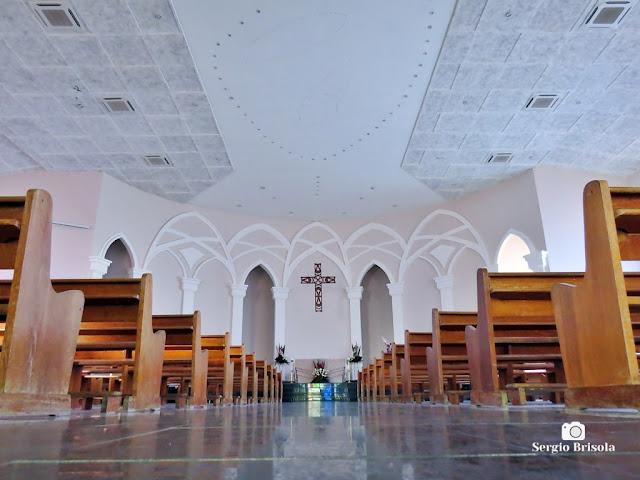 Vista em perspectiva artística do interior do Santuário Nossa Senhora de Fátima - Santo Amaro - São Paulo