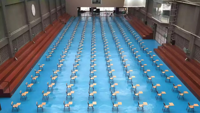 The Scene in an examination hall