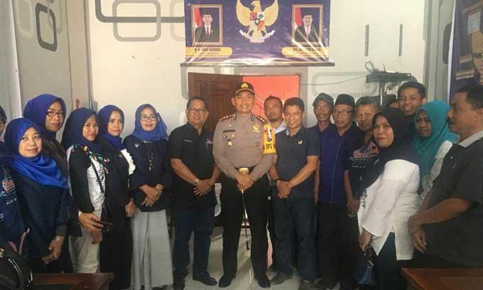 Jelang Pilkada 2018, Kapolres Ardiansyah Sambangi Sekretariat NasDem Sinjai
