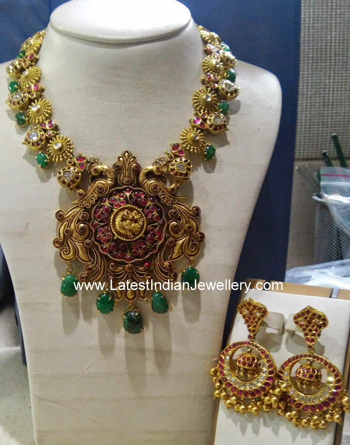 Hand Crafted Nakshi gold Necklace