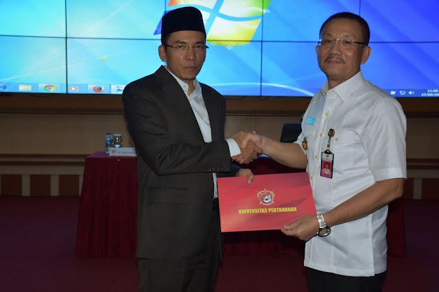 TGB TEBARKAN OPTIMISME DI UNIVERSITAS PERTAHANAN
