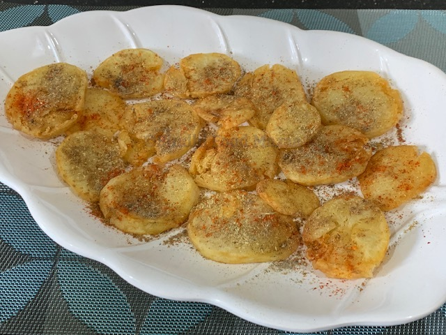 Sindhi Food Mazaa Tuk Patata Crispy Fried Potato Slices