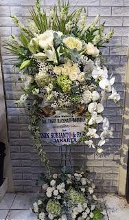 bunga standing duka cita sidoarjo