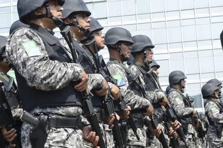 Em breve a guerra: Faltando um mês para a Copa, Brasil envia 30 mil militares para as fronteiras