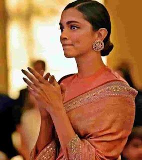 Deepika Padukone Emotional Moment