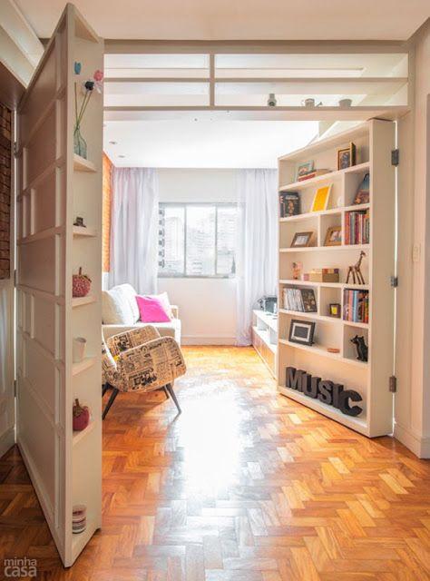 Arredamento e dintorni porte e divisori trasformati in for Libreria divisoria con porta