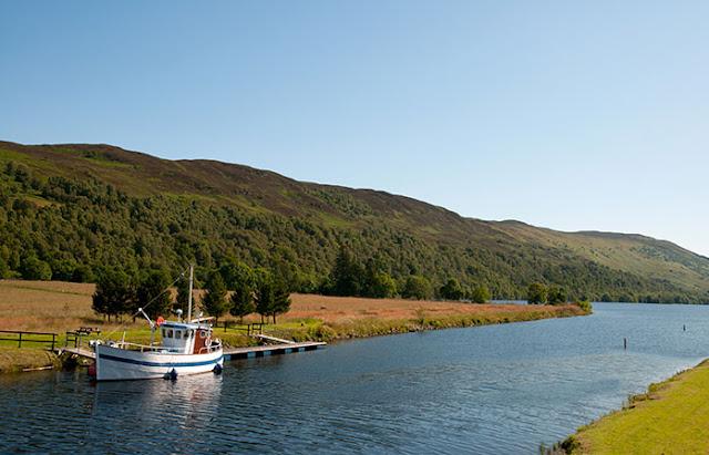 Loch Ness,Glencoe & Highlands day tour