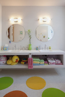 Modern kids bathroom design ideas