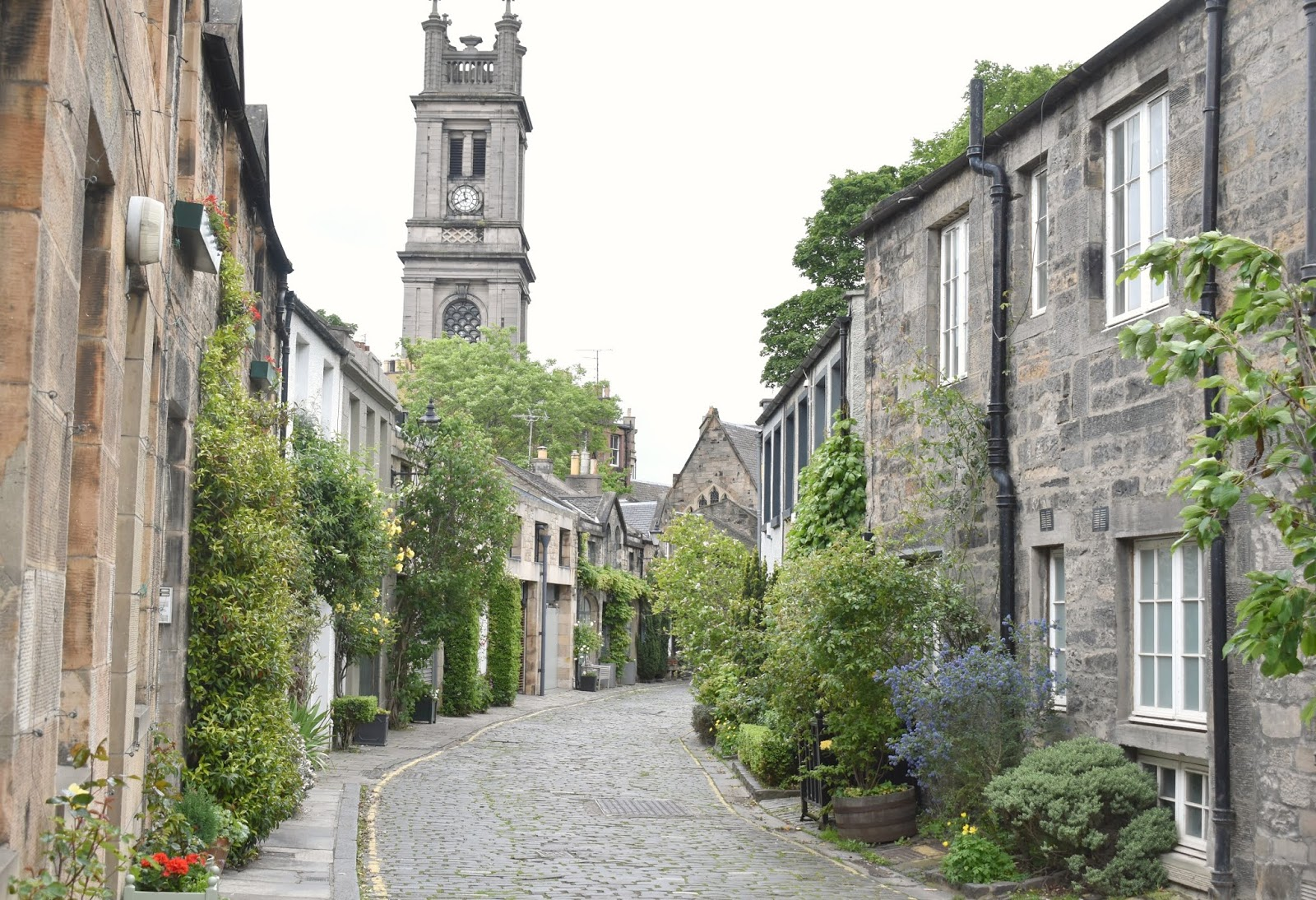 An Alternative Weekend in Edinburgh - Walking the Water of Leith to Stockbridge and Dean Village