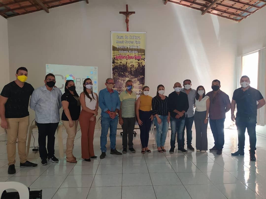 Prefeito de Aurora e secretariado participam de reunião com representante do Consórcio Público de Manejo dos Resíduos Sólidos da Região Cariri Oriental