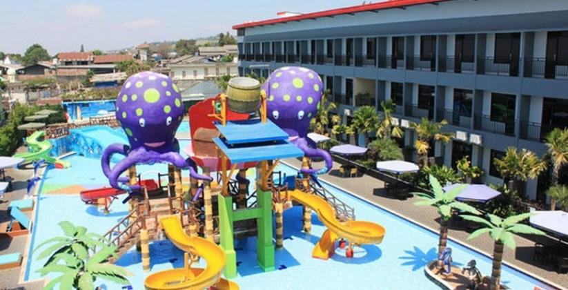 Batu Wonderland Waterpark, Menginap Berenang pasti Happy