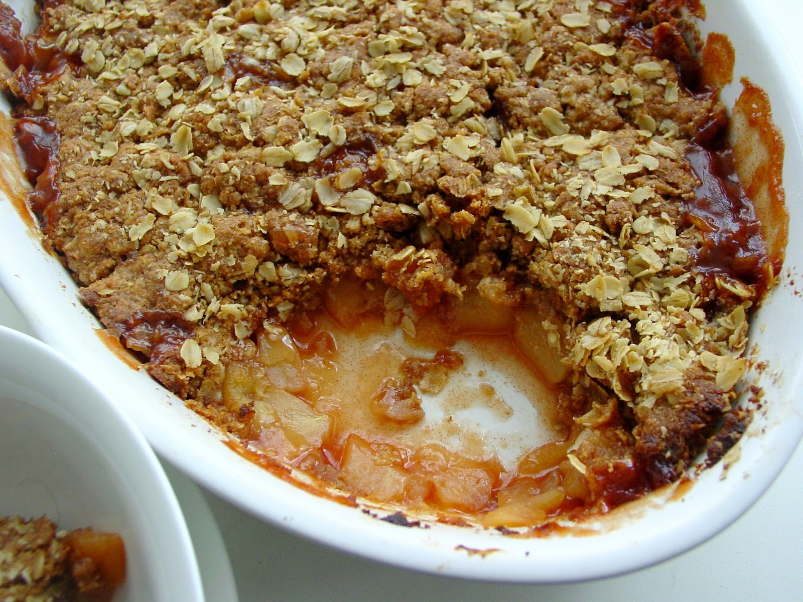 http://sugarandtwocents.blogspot.co.uk/2014/03/gluten-free-apple-crumble.html