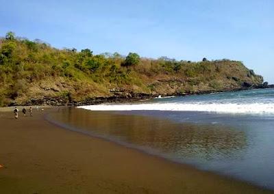 Wisata pantai rowo cangak