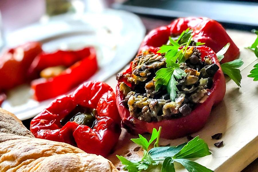 Papryka-faszerowana-soczewica