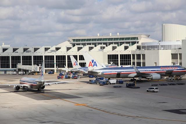 Aeroporto Internacional de Fort Launderdale (FLL)