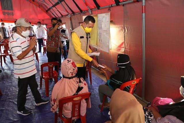 Wagub Sumut Beri Bantuan Korban Kebakaran di Sibolga