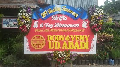 bunga papan pernikahan surabaya 2