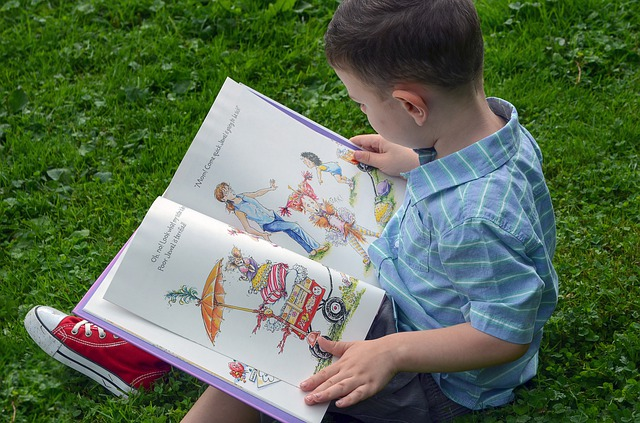 تعليم القراءة للاطفال - 10 نصائح