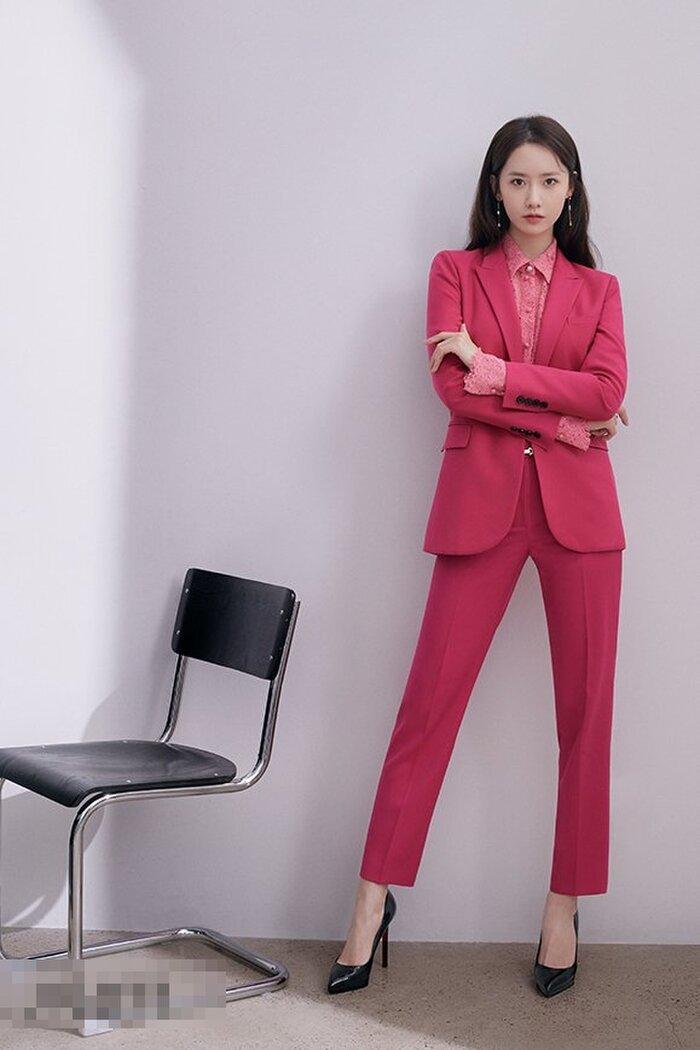 'Nữ thần' Yoona kiêu sa vô đối khi làm nữ thần thời trang mùa thu