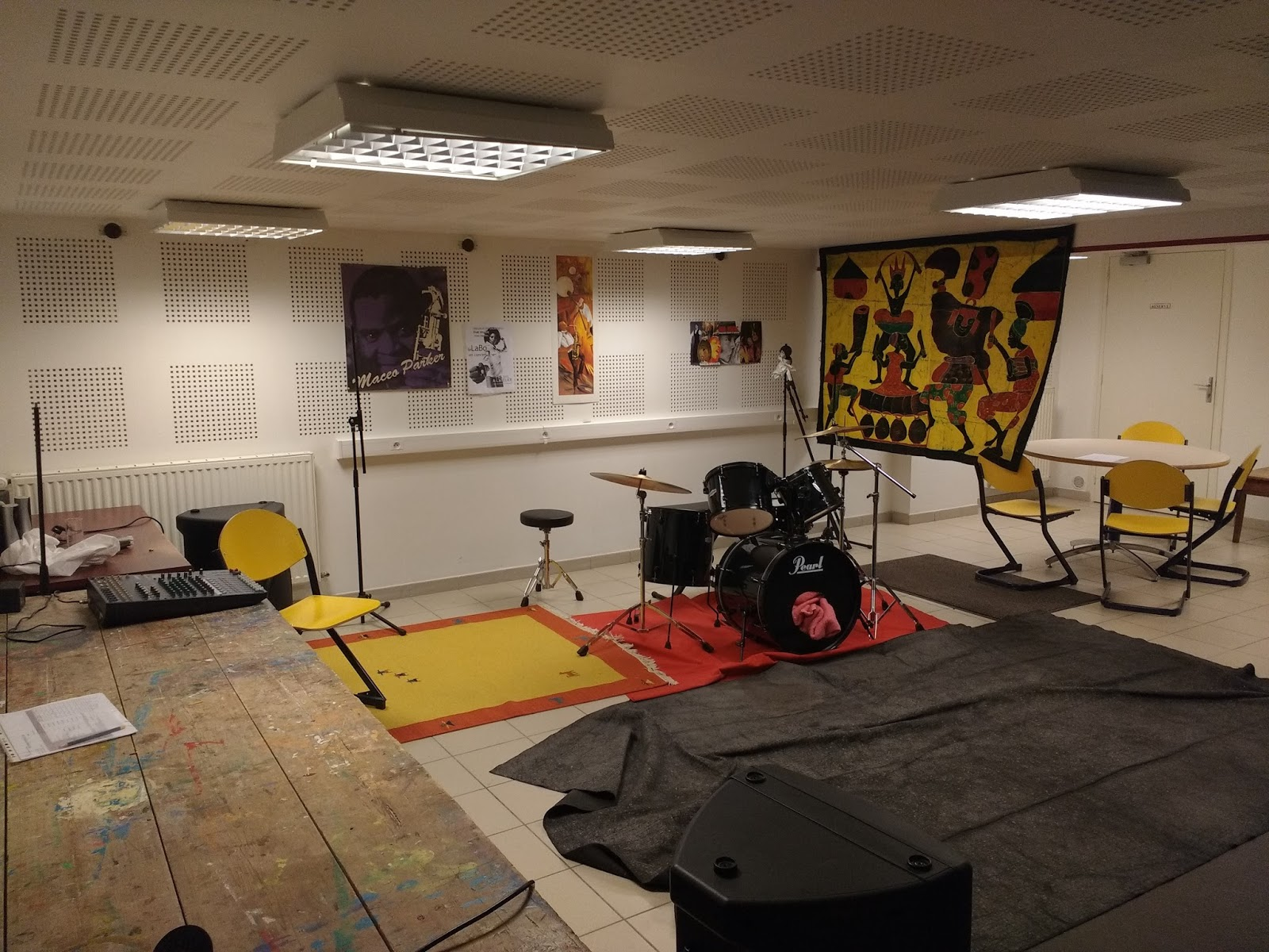 association jeanne d 39 arc evreux studio de musique. Black Bedroom Furniture Sets. Home Design Ideas