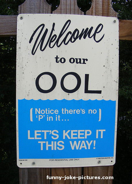 Clever Swimming Pool Sign Picture