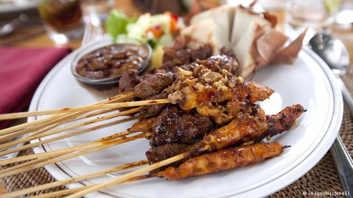 SATE 5 Masakan Indonesia yang Dikenal Dunia