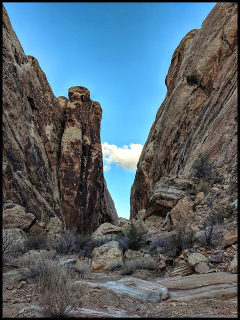 First Section of the Moon Shine Tanks or Little Spotted Wolf  Slot Canyon.  I love the vertical Column on the left.