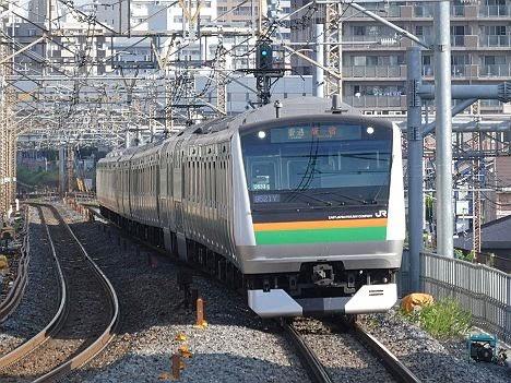 渋谷駅高架化工事に伴うE233系の普通 新宿行き