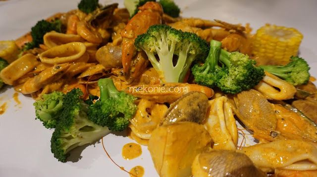 JOM MAKAN SHELL OUT DI OMBAK KITCHEN BUKIT JELUTONG