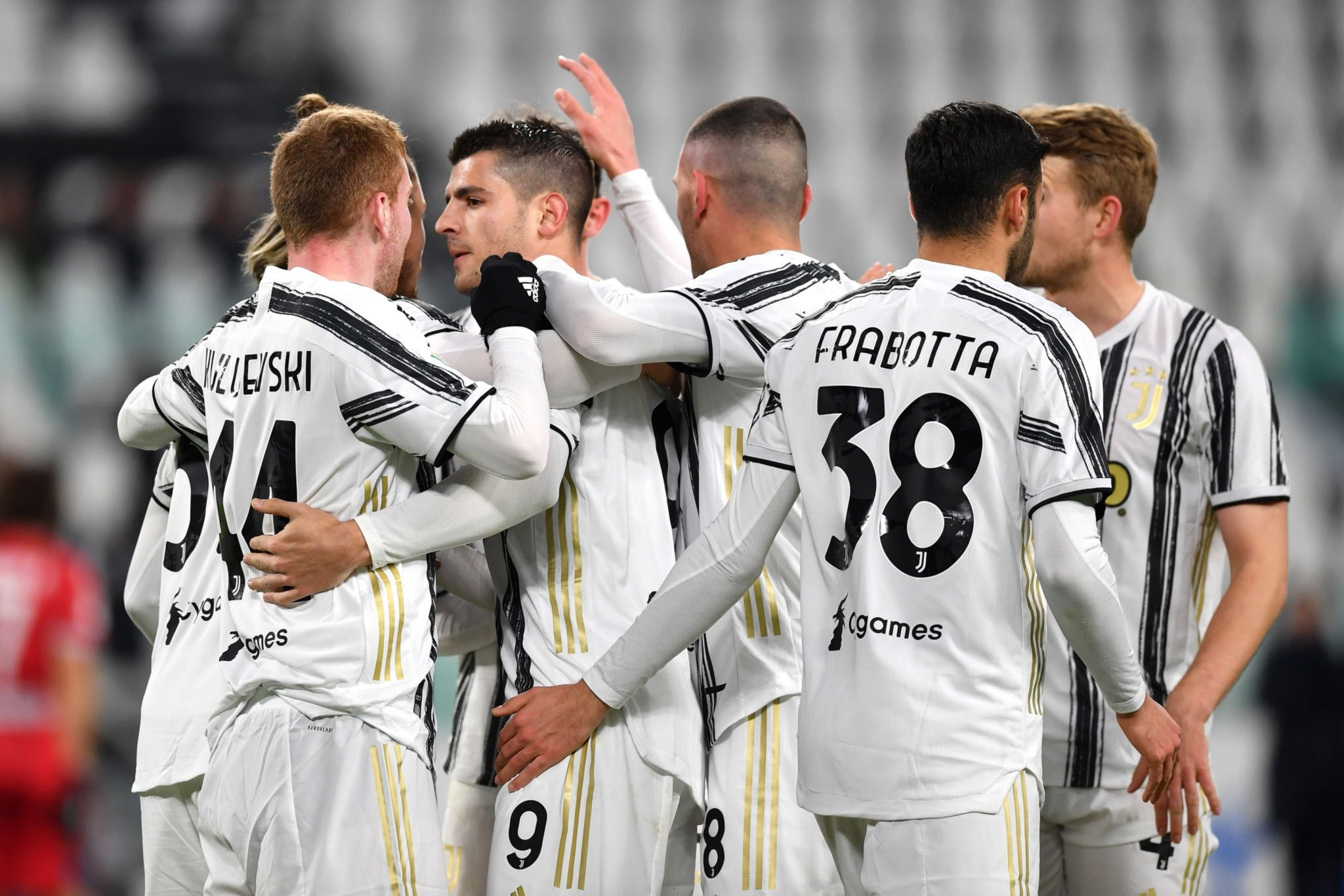 Champions Juventus will hope to leapfrog their opponents in the standings when Roma make the trip to Turin