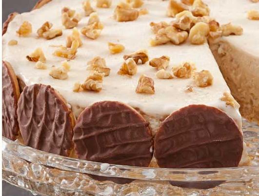 Torta de Nozes Cremosa