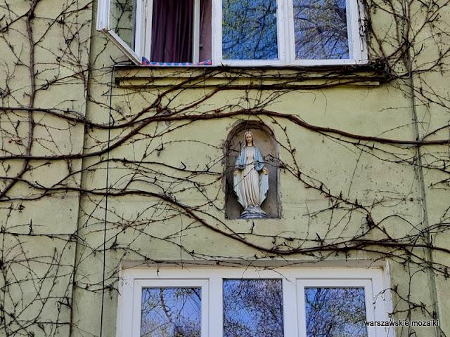 Warszawa Warsaw warszawskie kapliczki Włochy