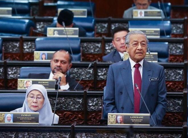 Kuasa Agong Tidak Akan Dikembalikan - Tun Mahathir