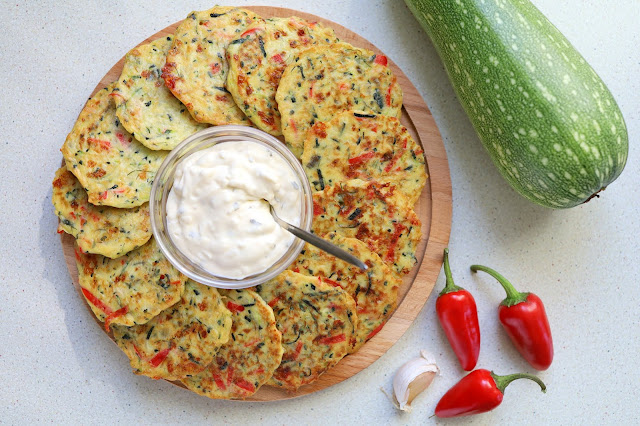 Zucchini fritters with bell pepper and cheese