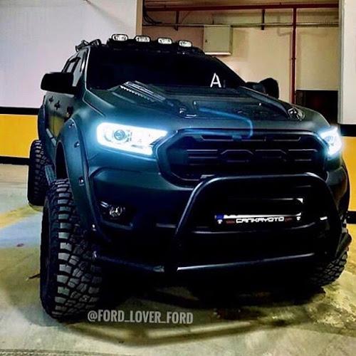 Contoh modifikasi Mobil Ford Ranger Warna Biru