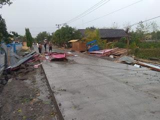 Ribuan Rumah Rusak Akibat Puting Beliung di Bojonegoro