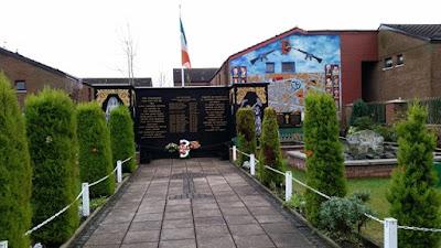 Memorial irlandeses asesinados Belfast