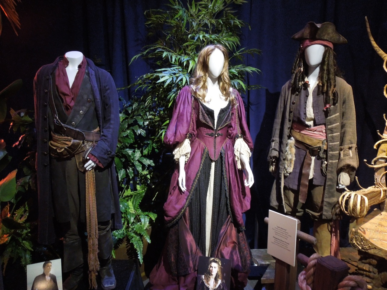 Hollywood Movie Costumes And Props Elizabeth Swann & Pirates Of The Carribean Costumes - Meningrey