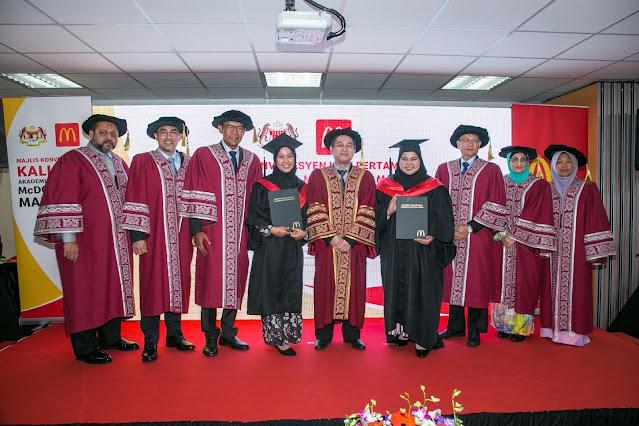 Lulusan Akademi Vokasional McDonald's