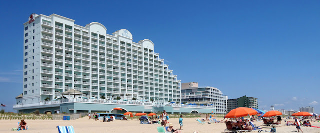 The Hilton Ocean City Oceanfront Suites in Ocean City, Maryland is an all-suite four diamond hotel near top restaurants, nightclubs, amusement parks and more.
