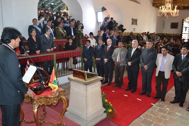 En mayo de 2015 Morales posesionó a los nueve gobernadores, desde entonces no se reunió con Patzi