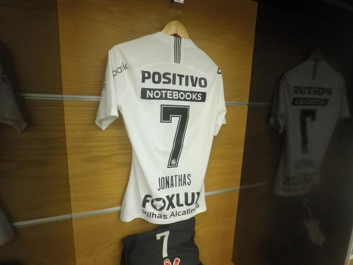 O atacante Jonathas ganhou finalmente a numeração de camisa do Corinthians. Nesta  quarta-feira (18) 2ead08e98ba2e