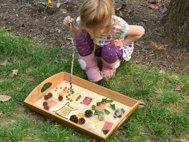 Let your children make a beautiful numbered nature tray. This activity will get your preschool kids outside to help with basic math skills like numeral recognition, counting, and one-to-one correspondence. Perfect idea for kinesthetic learners.