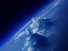 Perbedaan Langit Luar Angkasa Dan Di Bumi