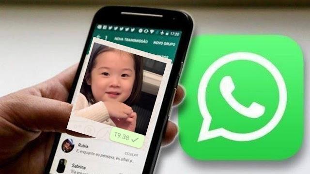 Hati-hati! Kirim Stiker Porno Lewat WhatsApp Didenda 6 Milliar