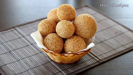 Vietnamese donut (Banh ran)