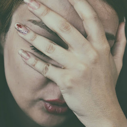 Causes of eye pain when moving